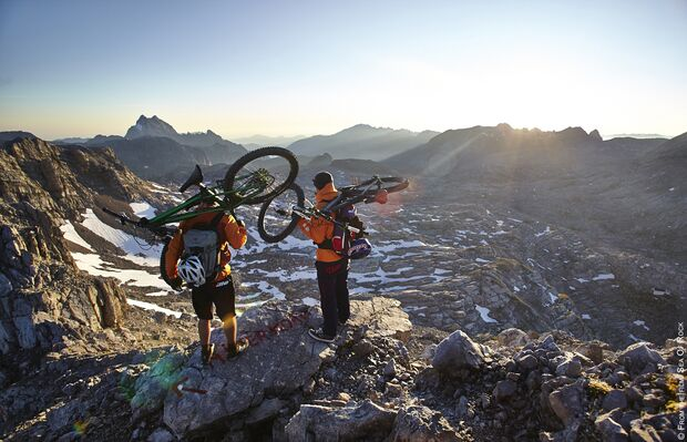 AL-Banff-Filmtour-2014-SEA OF ROCK SUNRISE (jpg)