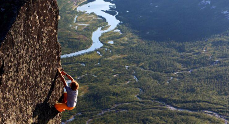 Bouldern + Reisen in Norwegen, Film von Pirmin Bertle: Europe's most scenic bouldering (pt 2)