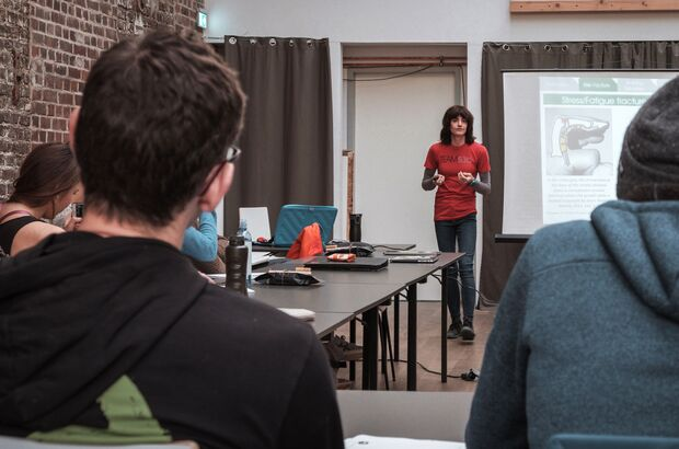 Climbing Coaches Conference: Dr. Eva Lopez Vortrag Fingerkrafttraining