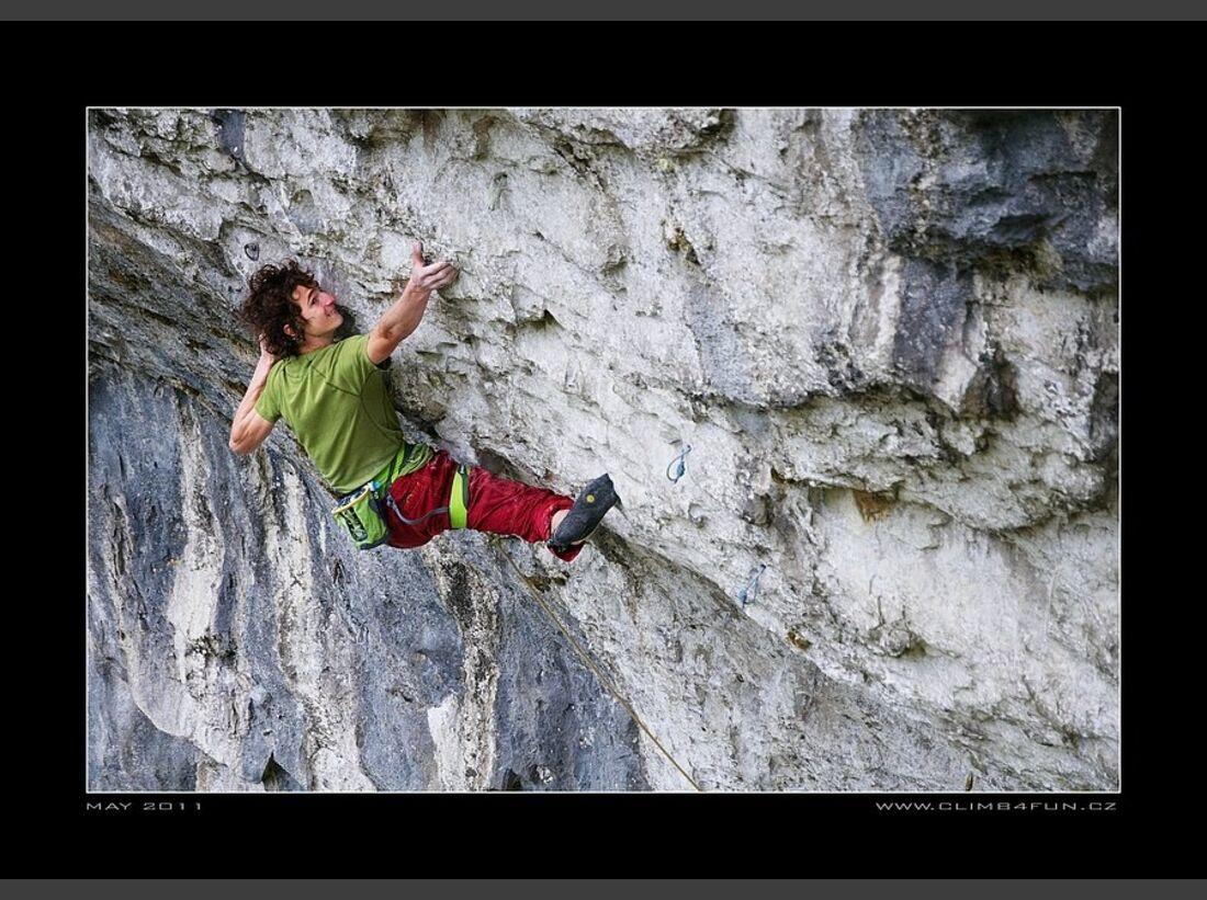 KL Adam Ondra klettert Overshadow