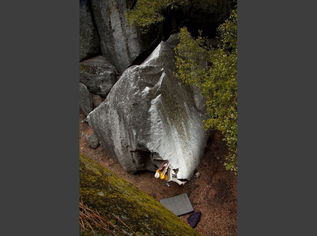 KL_Alex_Schweikart_Yoesemite bouldering (jpg)