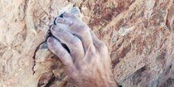 KL Alexander Hubers Hand am Naranjo de Bulnes