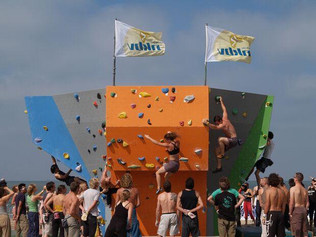 KL-BAZ-Boulderen-an-Zee-nkbv-blok-2008 (jpg)