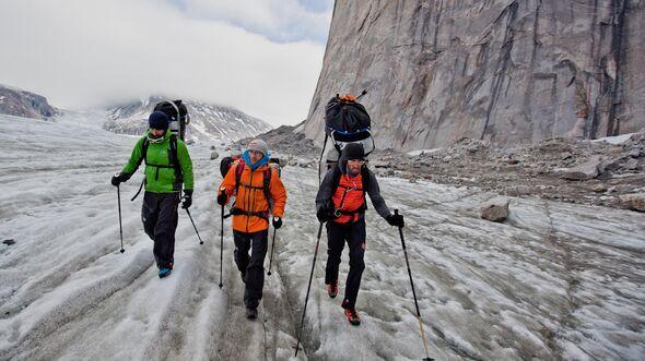 KL-Baffin-Island-Climbing-2012-Zustieg (c) Matteo Mocellin : The North Face (jpg)