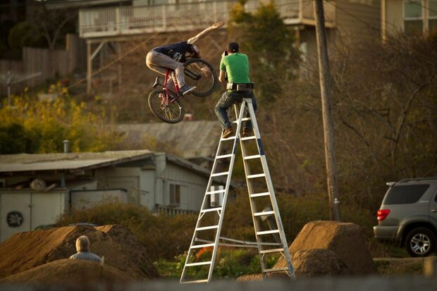 KL-Banff-Film-2013-SIN_Brandon_Semenuk_Aptos