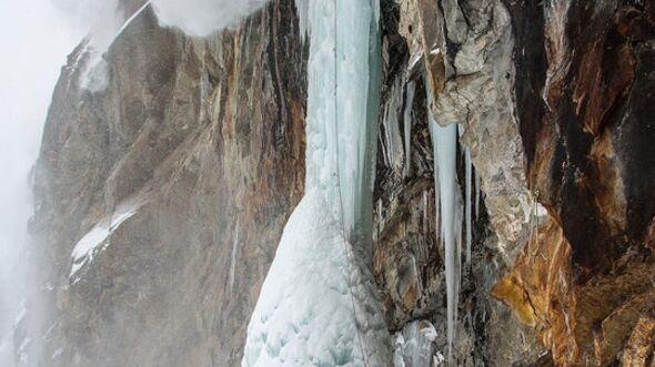 KL-Bergbilder-Jon-Griffiths-Fotobuch-Alpine-Exposures-Chamonix-12 (jpg)