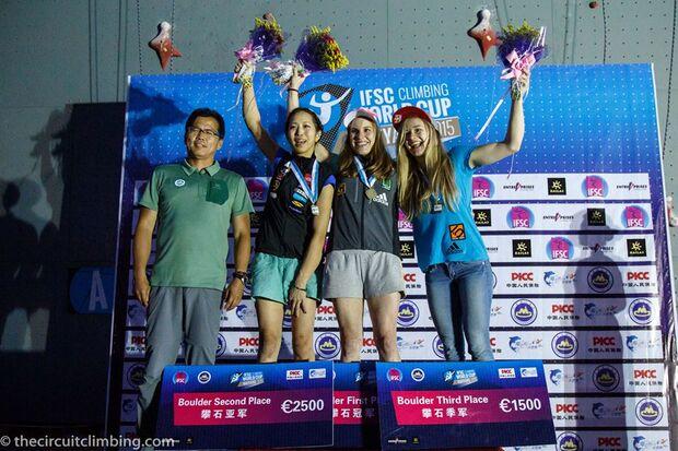 KL-Boulder-Weltcup-2015-the-circuit-boulder-weltcup-Haiyang-2015-IFSC-Boulder-World-Cup-Finals-selection-46-NA-PK-SC (jpg)