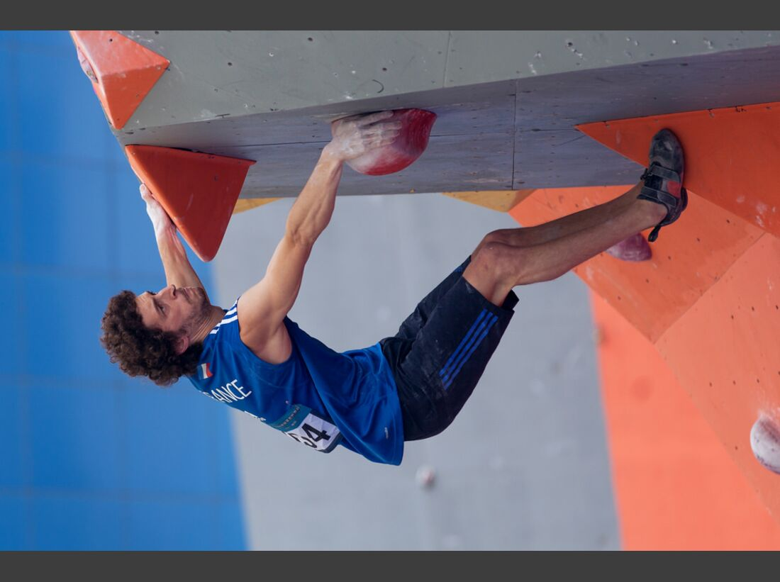 KL-Boulder-Weltcup-Haiyang-2014-Guillaume-Glairon-Mondet-14472521474_792bb3dd8a_b (jpg)