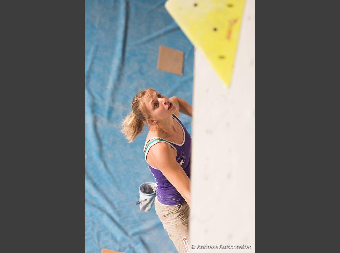 KL-Boulder-Weltcup-Kitzbuehel-2013-Katharina-Saurwein-_DSC2305 (jpg)