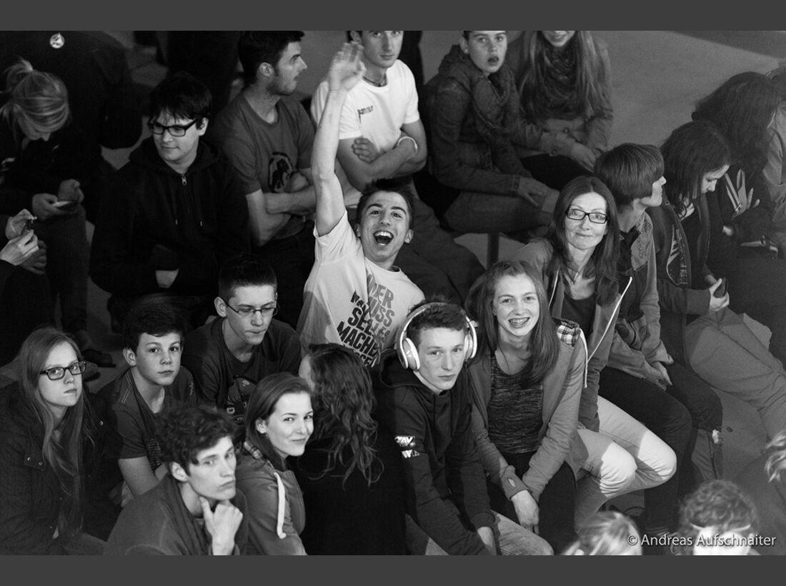 KL-Boulder-Weltcup-Kitzbuehel-2013-Publikum_DSC2141 (jpg)