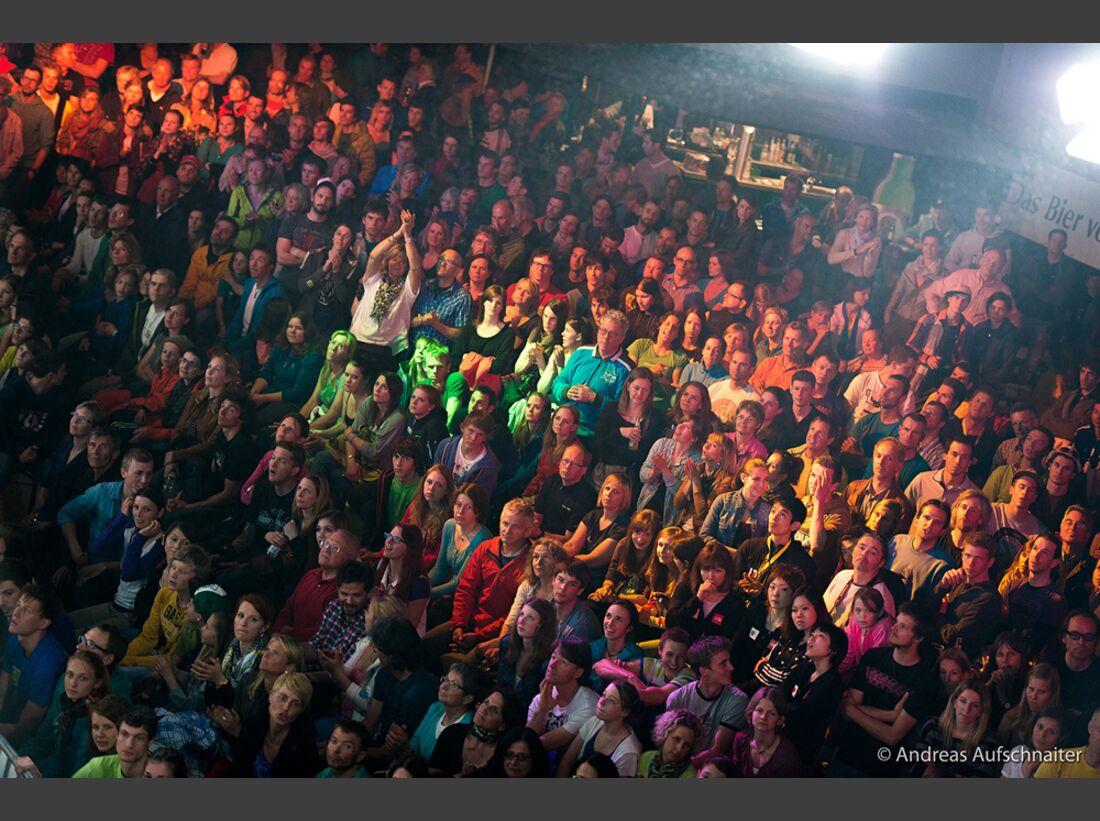 KL-Boulder-Weltcup-Kitzbuehel-2013-Publikum-_DSC2394 (jpg)