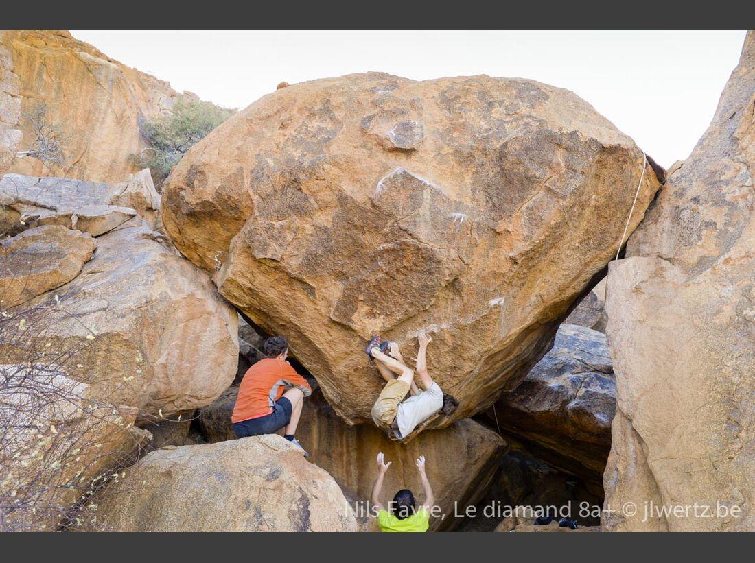KL-Bouldern-in-Namibia-c-Jean-Louis-Wertz-jlw-namibia14-0900 (jpg)