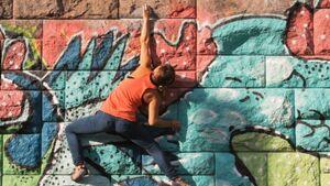 KL Buildering - Urban Climbing Trailer Vienna Walls Urban Boulder