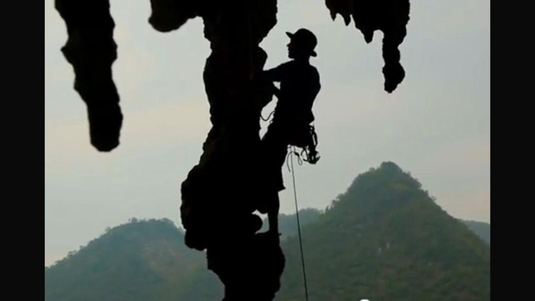 KL Daniel Dulac Voie du Milieu PEtzl Roctrip China Vid