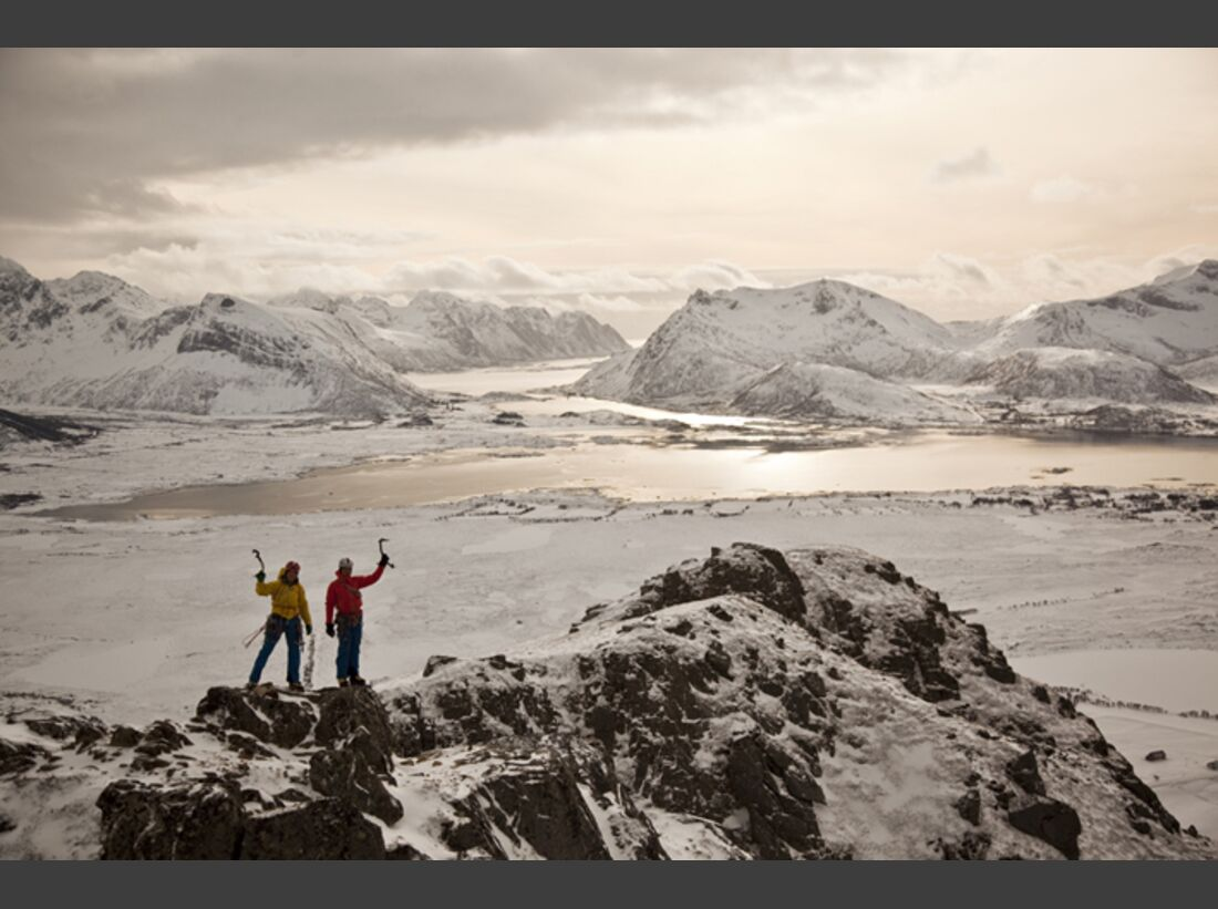 KL_Eiskle_Norwegen_Lofoten_Hoven_Gipfel (jpg)