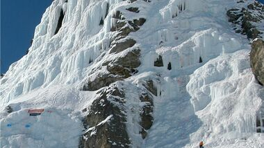 KL Eisklettern Pontresina Schweiz