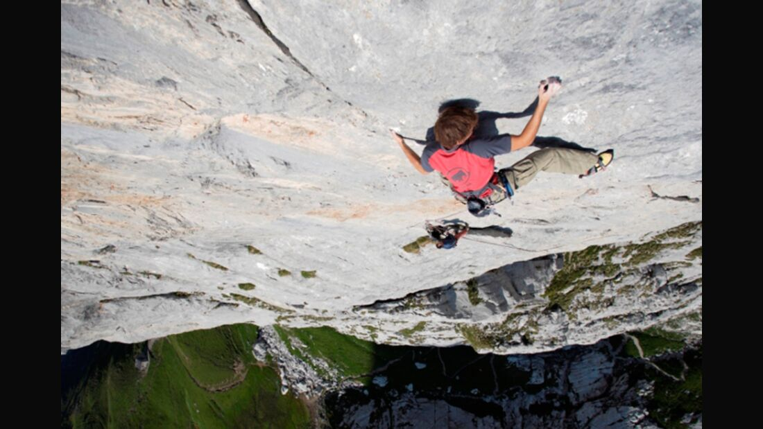 "KL Florian Behnke in ""New Age"" (8a+)"
