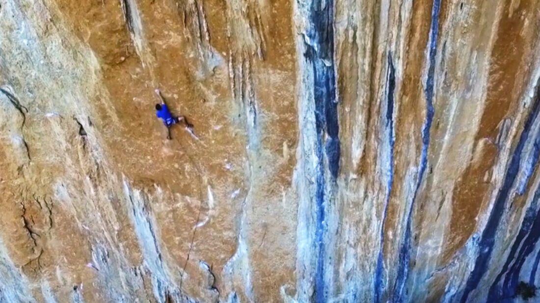 KL Frieder Warth klettert in Datca, Türkei