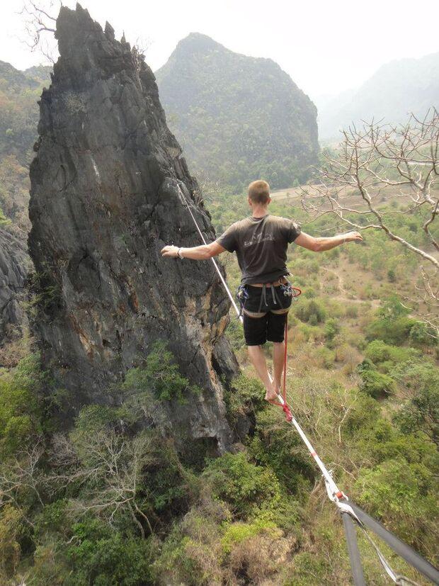 KL-GreenClimbersHome-Klettern-Laos-526726_364818696902774_1483567603_n (jpg)