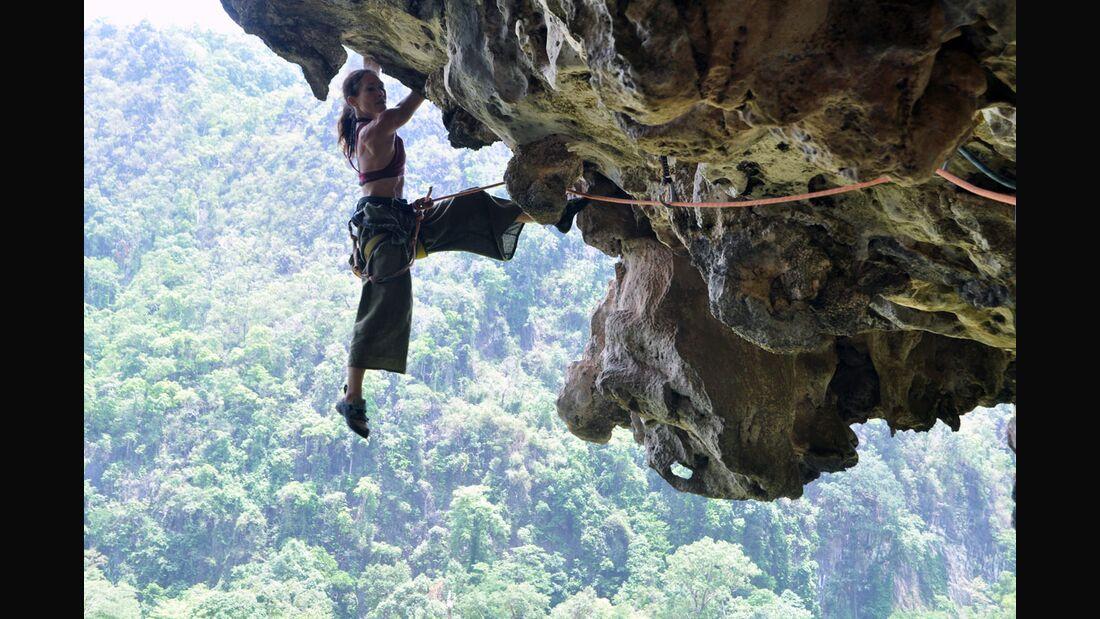 KL-GreenClimbersHome-Klettern-Laos-Tanja2_Phi-Mai-7a_April2012 (jpg)