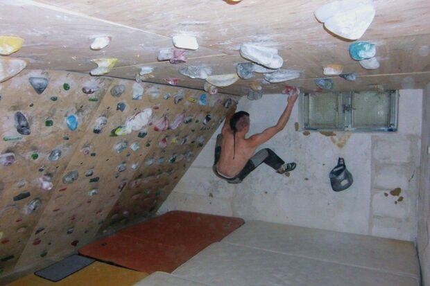 KL_Halenke_Boulderraum zu Haus (jpg)