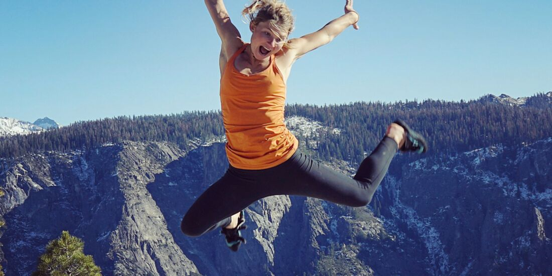 KL Hazel Findlay on top of El Cap after freeing the Salathe