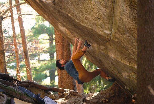 KL Jimmy Webb Erstbegehung Somnolence Cresciano Boulder