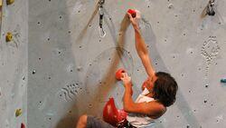 KL Klettern im Vorstieg in der Kletterhalle