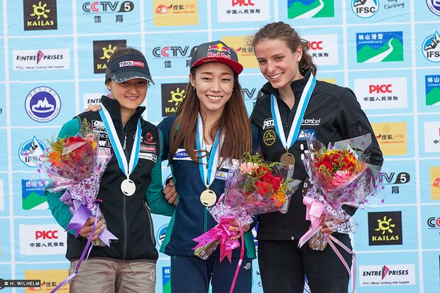 KL-Lead-Weltcup-Haiyang-Podium-Damen-14296636679_79bb72685e_b (jpg)
