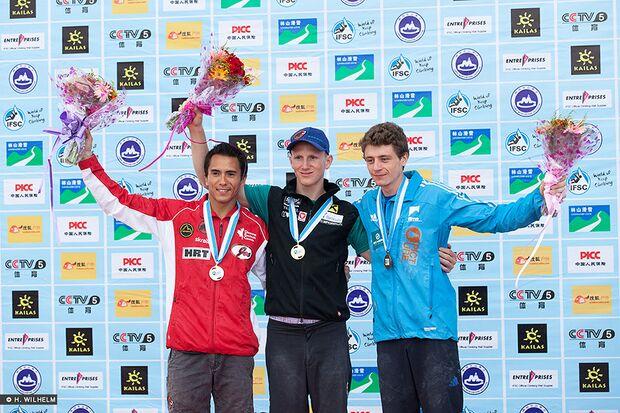 KL-Lead-Weltcup-Haiyang-Podium-Herren-14481997972_1fdebbaf1e_b (jpg)