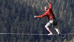 "KL ""Levitation"" Highline Elbsandstein"