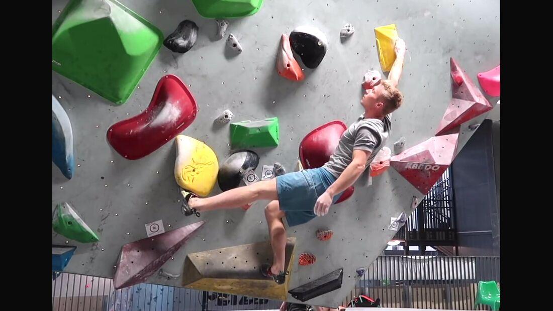 KL Magnus Midtboe erklärt Fußtechnik