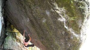 KL Manuel Brunn klettert Montecore Fb 8c