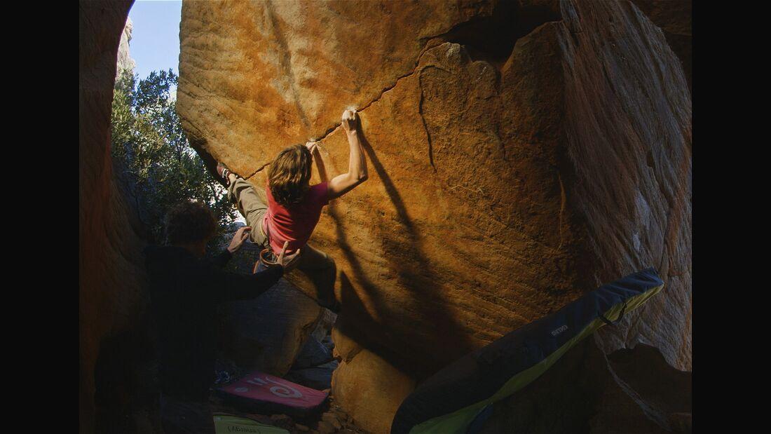 KL Melissa Le Nevé bouldert in den Rocklands Vivid Landscapes Video TEaser