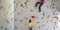 KL Nackenschmerzen vom Sichern beim Klettern -TEASER