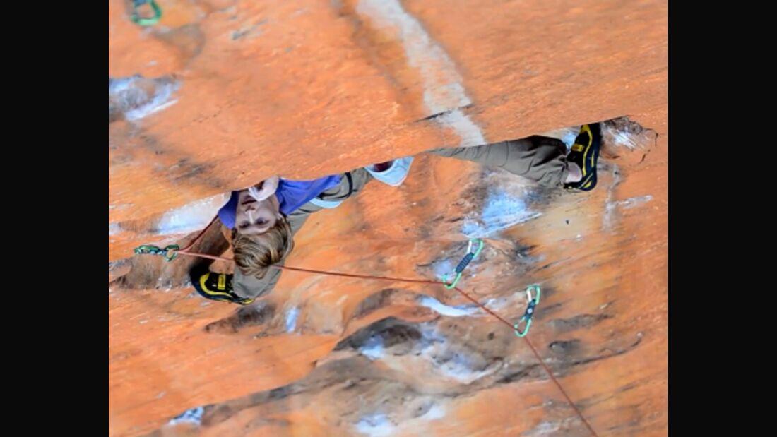 KL Nalle Hukkataival klettert in Australien