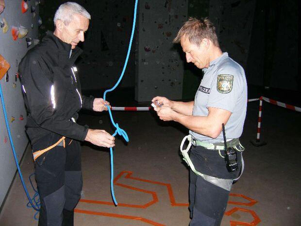 KL-Polizei-Unfallkommando-Klettern-2015-Fotografische-Sicherung (jpg)