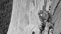 KL-Reelrock-2014-15-small_Royal-Robbins-on-El-Capitan's-North-American-Wall-1964-ph-Glen-Denny_k (jpg)