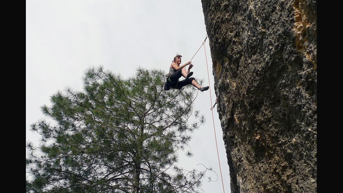 KL_Sarah_Flying-at-Margalef (jpg)