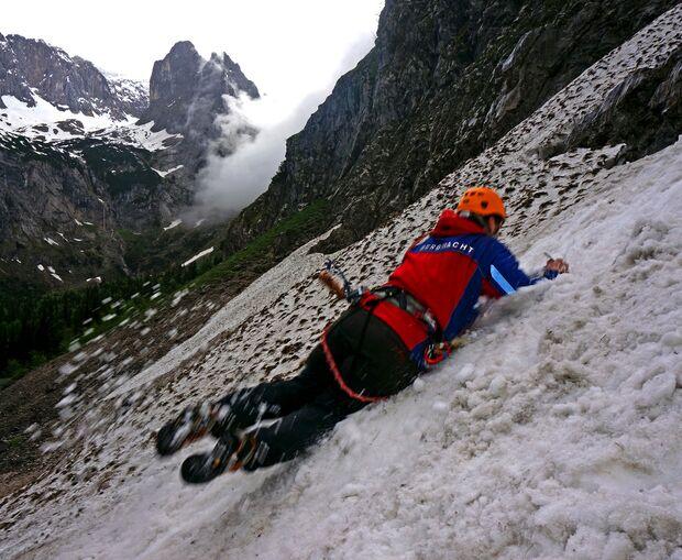 KL Sturzübung am Gletscher - Bergwacht Grainau