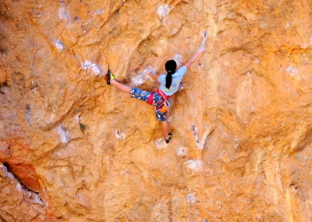 "KL Video: Ashima Shiraishi (14) klettert ""Open your Mind"" (9a/+) teaser"