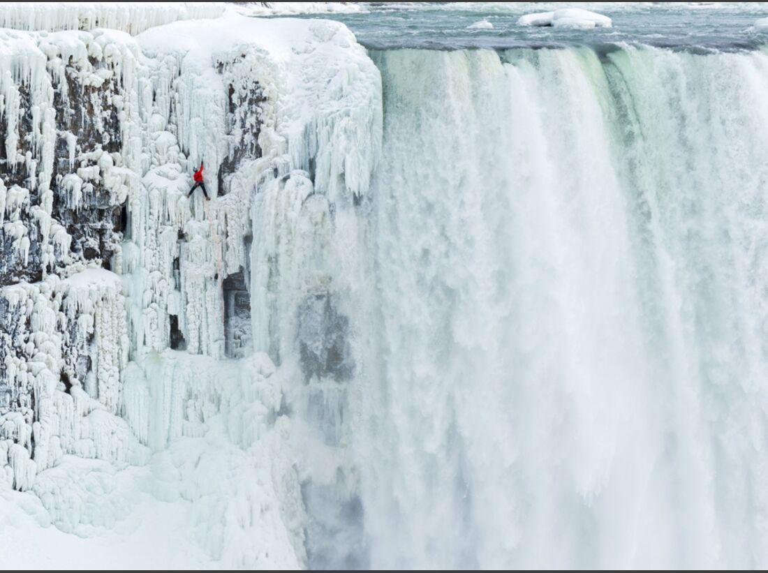 KL-Will-Gadd-Eisklettern-Niagarafaelle-c-Greg-Mionske-Red-bull-Media-House- P-20150129-00196_News-teaser (jpg)