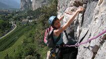 KL-alpines-Sportklettern-Sarcatal-Gardasee-c-Franz-Heiss-cengia rossa1