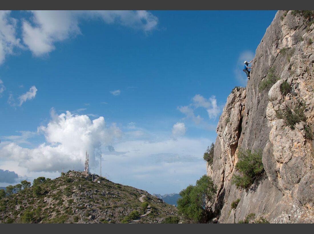 KL-klettern-auf-Mallorca-c-Mark-Glaister-Rockfax-St-Marti (jpg)