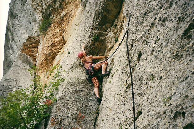OD-Bergfotos-des-Jahres-Action-Yves-Marschner-Reichenbach-Finale-Ligure (jpg)