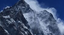 OD-Beyond-The-Edge-Sir-Edmund-Hillarys-Aufstieg-Zum-Gipfel-des-Everest-DVD-Start-2015-02 (jpg)