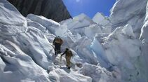 OD-Beyond-The-Edge-Sir-Edmund-Hillarys-Aufstieg-Zum-Gipfel-des-Everest-DVD-Start-2015-04 (jpg)