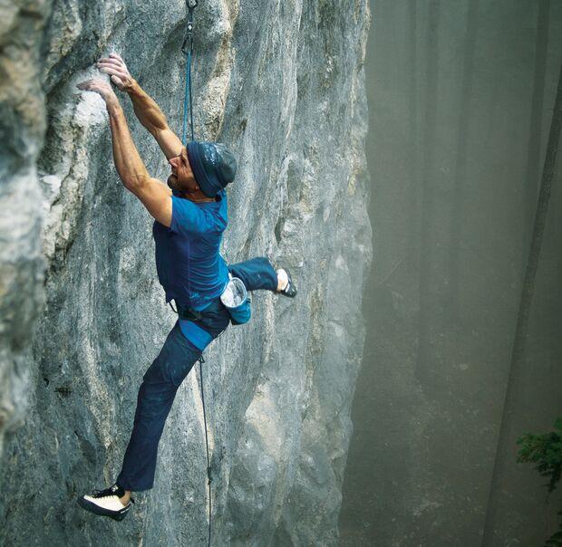Toni Lamprecht klettert in Kochel
