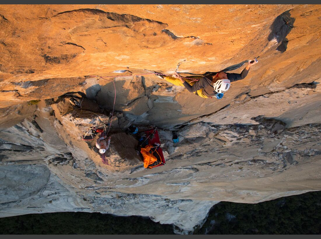 kl-alexandra-schweikart-free-el-capitan-christopher-on-the-boulder-section-of-the-beak-flake-5-13b-c-johnny-ingrisch (jpg)