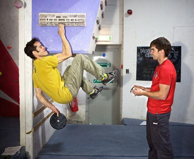 kl-besser-klettern-coaching-lattice-training-tom-randall-ollie-torr-training-c-peter-kneen (jpg)